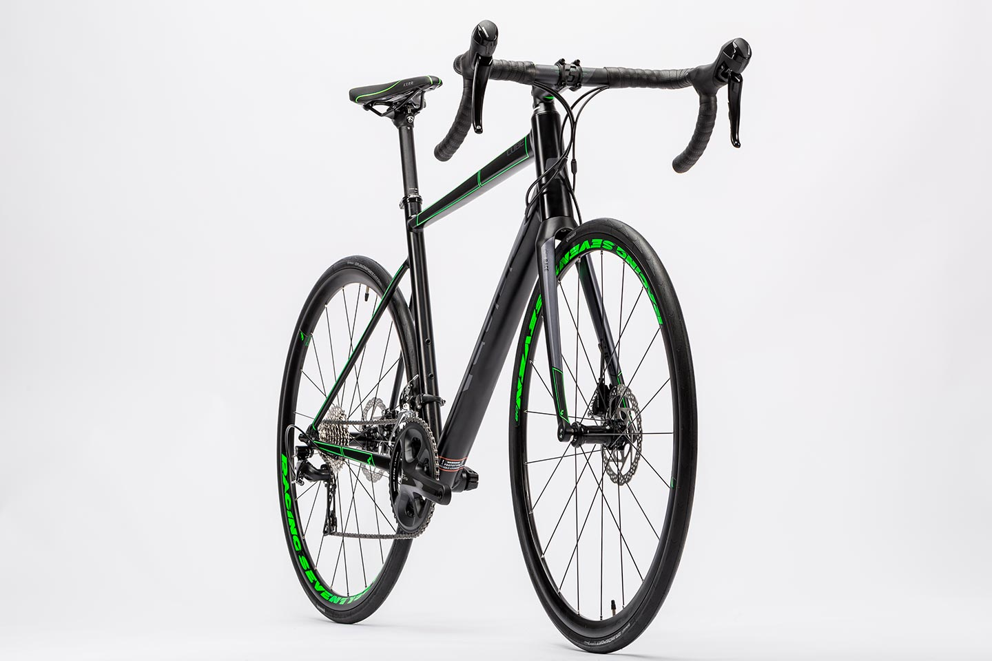 df7fc243ee2 Cube Attain SL Disc 2016 road bike black/green £1,079.10